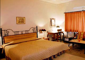 Hotel Yatrik Hotels In Allahabad Rooms Facilities
