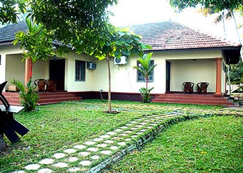 Hotel Lake Haven Resort, Chempumpuram, Alleppey