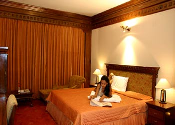Hotel mountview chandigarh hotel overview ratings - Chandigarh hotel with swimming pool ...