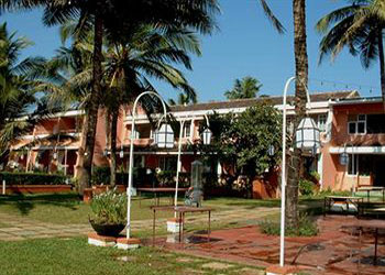 Longuinhos Beach Resort, Goa hotel