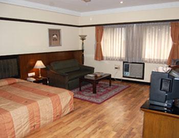 Lytton Hotel, Kolkata hotel