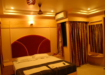 Hotel Empee , Nethaji Road, Madurai