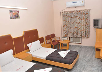 Hotel Pearls, West Perumal Maistry Street, Madurai