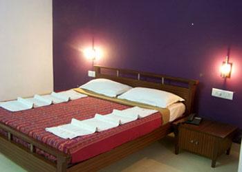 Hotel Adhi Manor, Mysore hotel