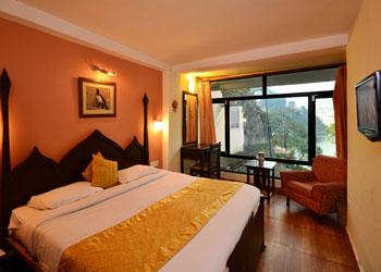 Hotel Himalaya, Near Bus Stand, Nainital