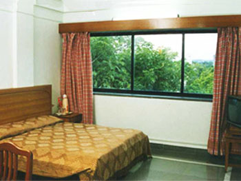 Hotel Meru, Dhole Patil Road, Pune