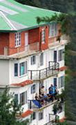 Hotel Deepwoods - Hotels in Shimla