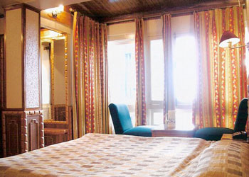 Valley View Room - Hotel Sangeet, Shimla